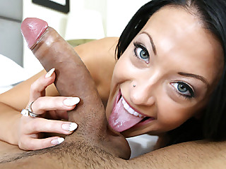 Perfect great body girl Kelly Diamond strokes and sucks a huge cock